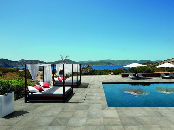 Petrae Outdoor Tiles